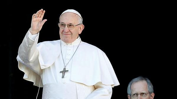 Pope Francis prays for peace in Cameroon during today's angelus