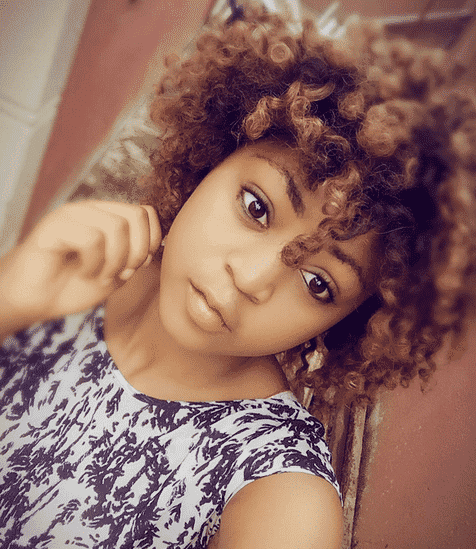Video: Nollywood actress Regina Daniels Gave 1000$ to two Cameroonian fans in UAE and reason why she deactivated her instagram account
